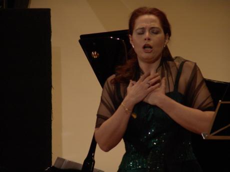 Musica spettacolo cultura 2015 03 08 concerto della - Colonna sonora la porta rossa ...