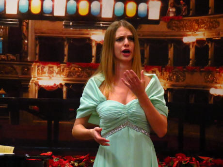 Elisa balbo pictures news information from the web - Canta casta diva ...